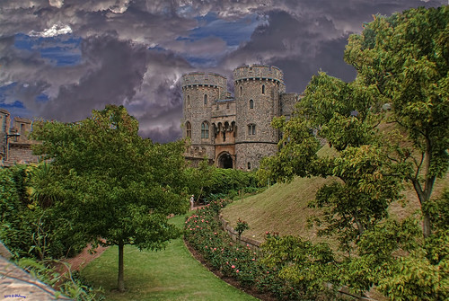 Windsor Castle Walk by Shedraway Photos
