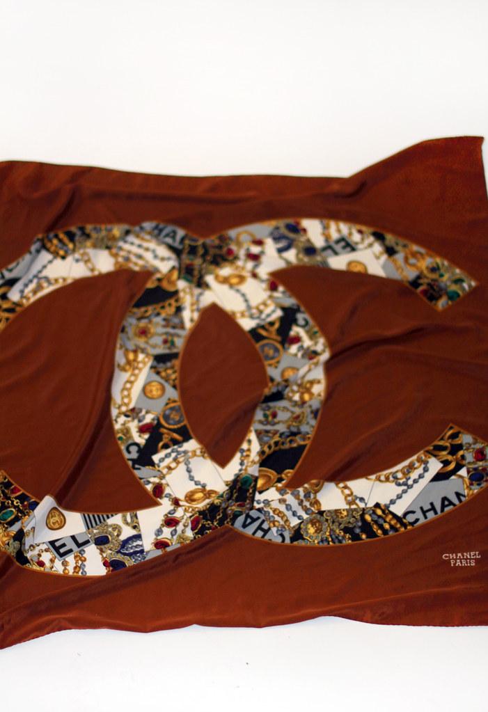 Tarte Vintage Chanel silk scarf