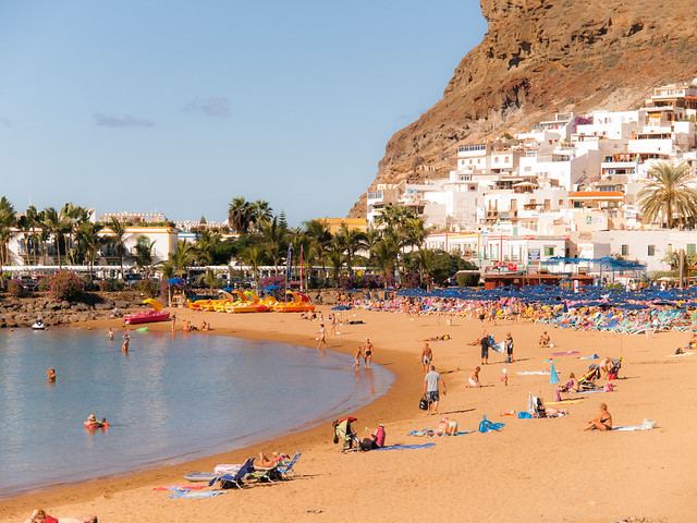 The Beach, Gran Canaria - Flickr CC wwarby
