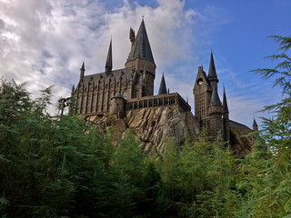 Hogwarts Castle, Wizarding World of Harry Potter, Islands of Adventure | by jtkays