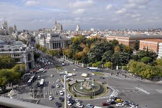 http://hojeconhecemos.blogspot.com/2012/11/do-miradouro-do-palacio-de-cibeles.html