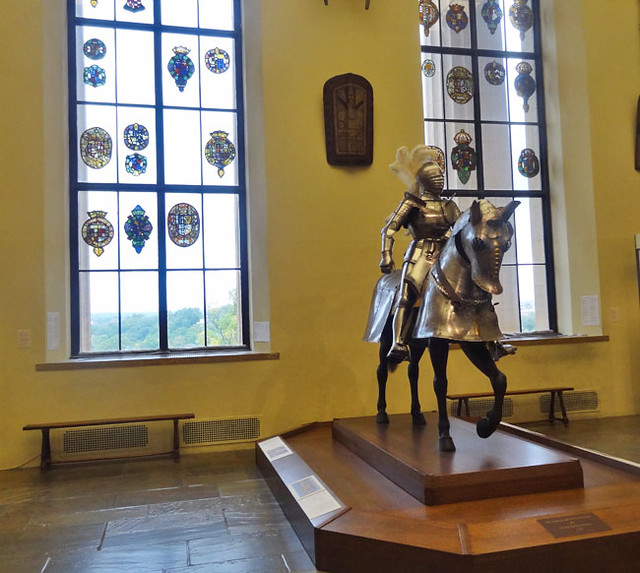 armor-room