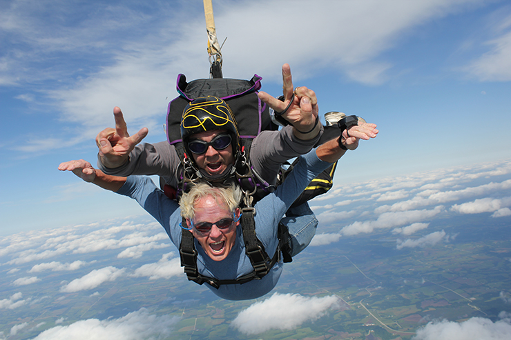 Skydiving - 2012 Aviation photography contest