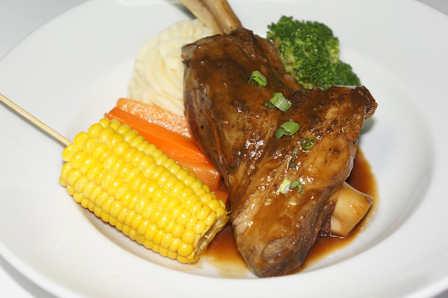 Hog's Breath Lamb Shank