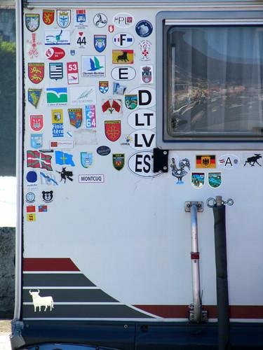 El coche-casa que vimos dos veces by JoseAngelGarciaLanda