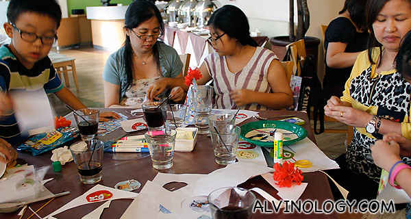 Everyone got busy doing their crafts