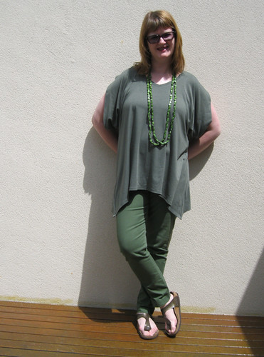 StyleARC Tilda Tunic Top with Elle pants
