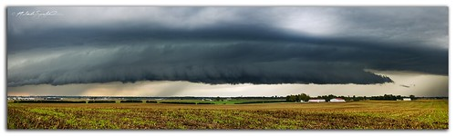 sky panorama storm weather clouds canon landscape illinois scary structure thunderstorm stormclouds severe outflow supercell inflow shelfcloud 60d hpsupercell illinoisthunderstorms