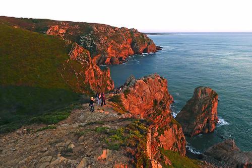 sunset red sea people oktober rot rock waiting meer leute sonnenuntergang fels atlanticocean 2012 atlantik cabodaroca warten dorenawm renatedodell