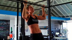 Megan - 13 Full Strict Pull-Ups