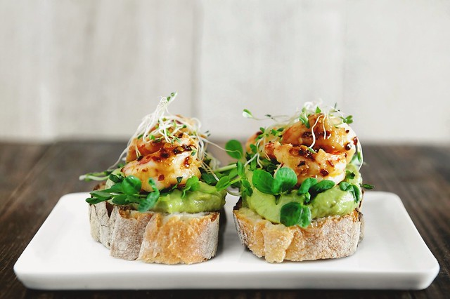 Garlic Chili Prawn Sandwich with Avocado Cream