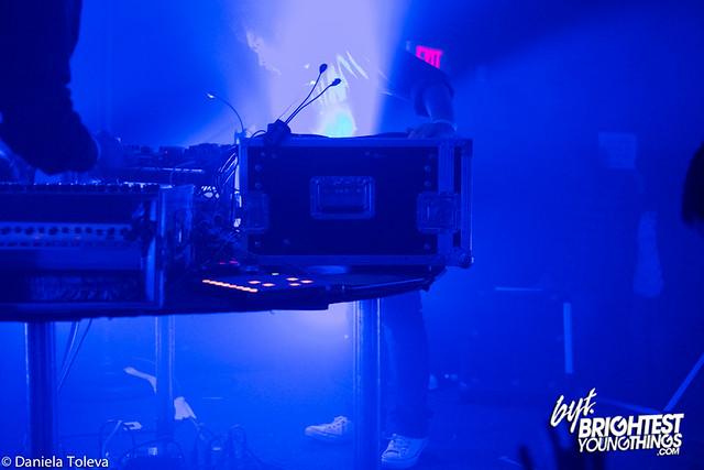 SMD-20121209-010
