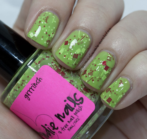 Jindie Nails Grinch (2)