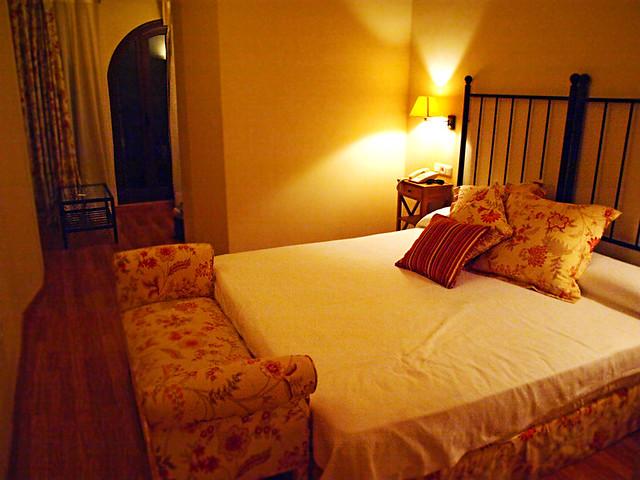 Bedroom, Hotel Abadía del Priorat, Tarragona