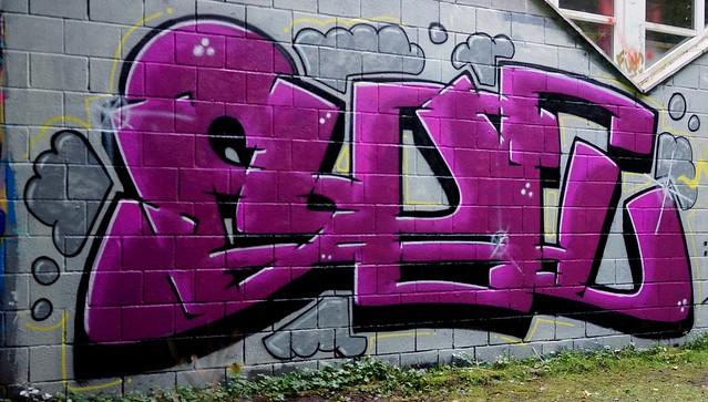 Oldenburg - Youth club Ofenerdiek ( street: Lagerstraße ) / 36th picture / Graffiti, street art