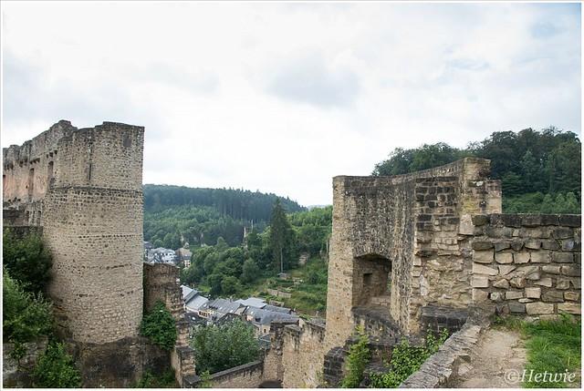 uitzicht over het dorp (HP013066)