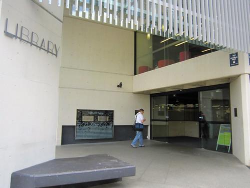 QUT Kelvin Grove Library1