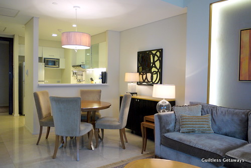 kitchen-living-room-oakwood-manila.jpg