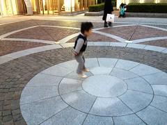 ジャンプ中 - 代官山アドレスにて (2012/11/8)