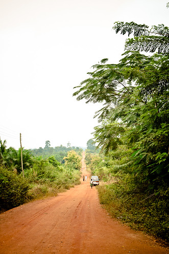 africa road travel trees people tree nature car landscape bush sand nikon ghana ashanti bushes ashantiregion tamron18270 nikond5100