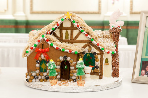 ivory-homes-gingerbread-houses-contest