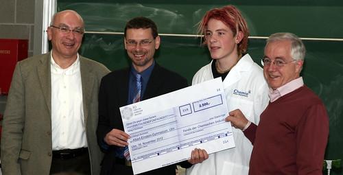 Einstein-Gymnasium Ulm - Förderung durch den Fonds der Chemischen Industrie