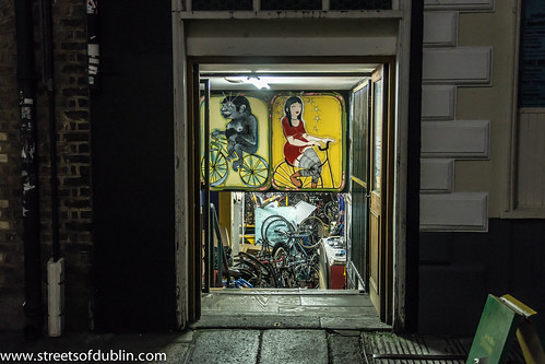 The City Of Dublin At Night: Dublin Street Art by infomatique