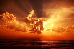 [Free Images] Nature, Sky, Clouds, Sunrise / Sunset, Crepuscular Rays, Orange Color ID:201211271600