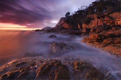 longexposure light sunrise tasmania sleepybay pinkgranite freycinetnationalpark