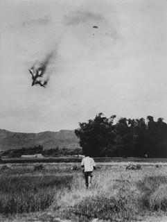 Saltando de un avión a punto de estrellarse (Vinh Phuc, 1966)