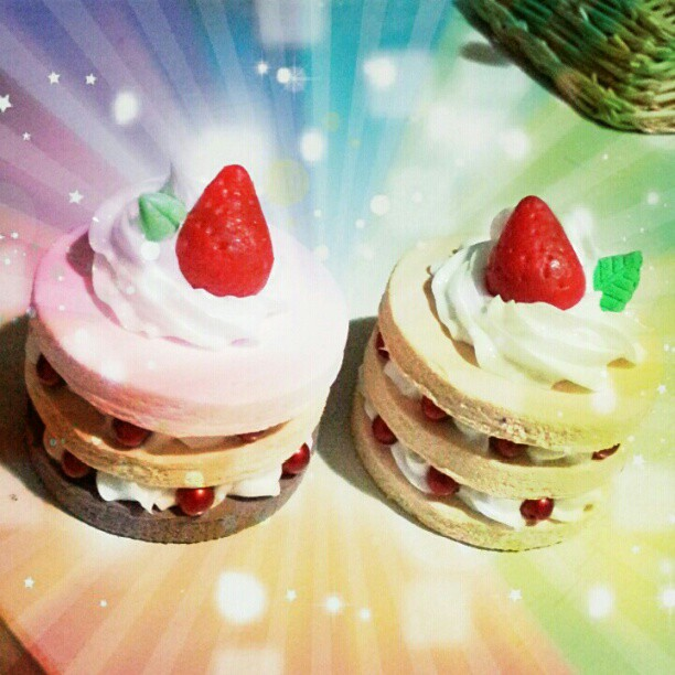 เหยดดด PhotoSpaceEffect นี่ เอฟเฟคโดนใจแท้ แลดูเป็นเค้กอร่อยแสงพุ่งมาก!!!