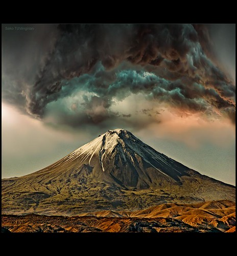 noah blue autumn winter light sunset sky cloud sun mountain snow seascape storm black art fall tourism beauty architecture clouds photoshop canon landscape effects photography photo nikon view minolta digitalart panoramic best mount armenia historical christianity yerevan historia hdr 2012 armenian ararat sako город церковь հայաստան ararad ереван երեան հայկական արարատ армении армянские քաղաք tchilingirian