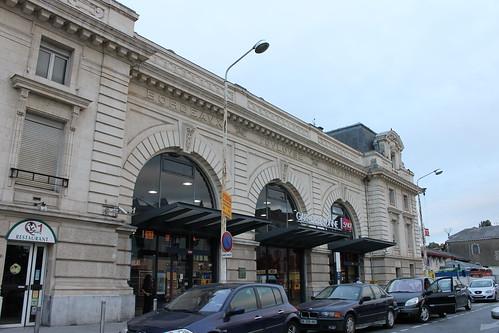 2012.08.02.346 - BAYONNE - Place Pereire - Gare de Bayonne
