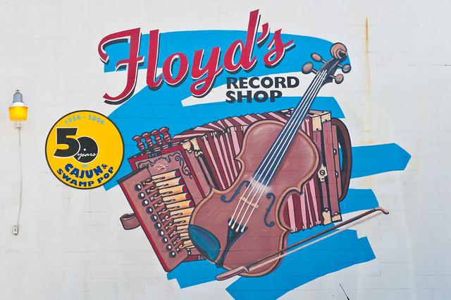 Floyd's Record Shop in Ville Platte, LA | PopArtichoke