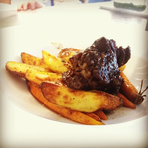Braised short ribs from @kitchen324. #potroaststyle