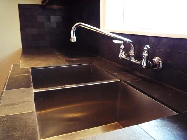 Linwood Apt 3 Kitchen Undermount Stainless Zero Radius