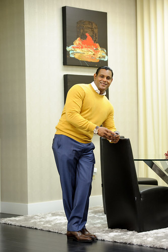 8288091172 1c949e6bd3 These Sammy Sosa pics are creepy yet oddly fascinating