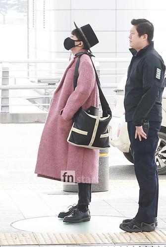 Big Bang - Incheon Airport - 21mar2015 - G-Dragon - FN Star - 01
