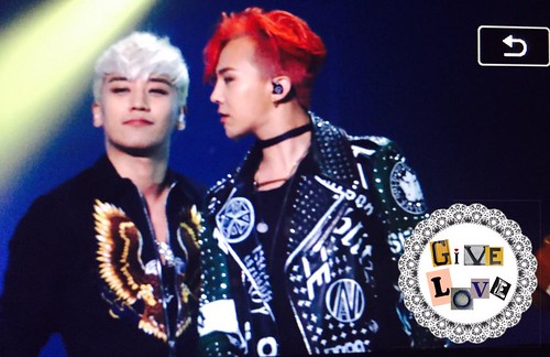 BIGBANG KBS Sketchbook main performance 040