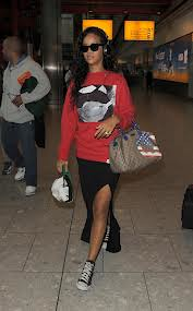 Rihanna Converse Celebrity Style Women's Fashion