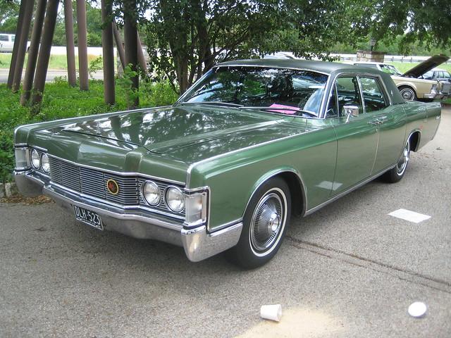 1968 lincoln continental sedan flickr photo sharing. Black Bedroom Furniture Sets. Home Design Ideas