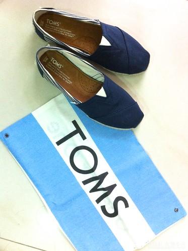 TOMS 鞋