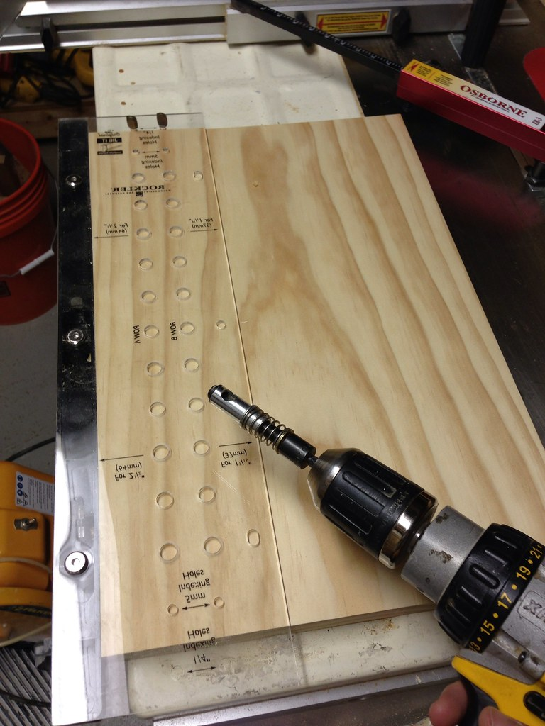 Toolbox Tuesday: An Adjustable Shelf Jig for Your Dancing Shoes ...