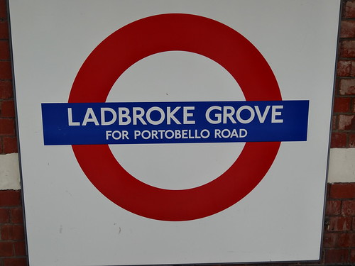 Ladbroke Grove for Portobello Road Roundel