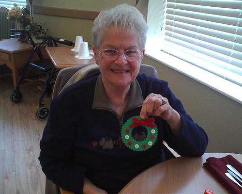 Nursing home craft ideas totorus for Crafts to make for nursing homes