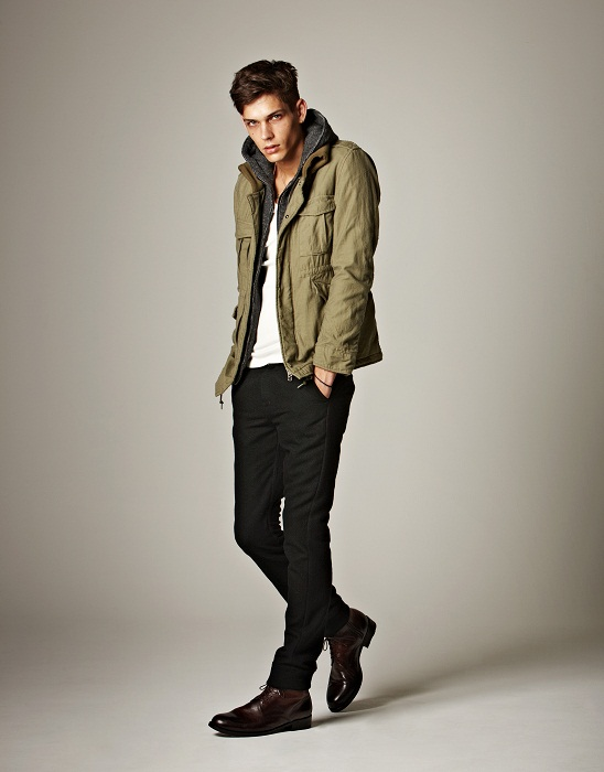 Ethan James0138_Lounge Lizard AW12