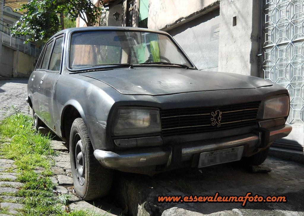 Registros Automotivos Do Cotidiano Peugeot 504 1974