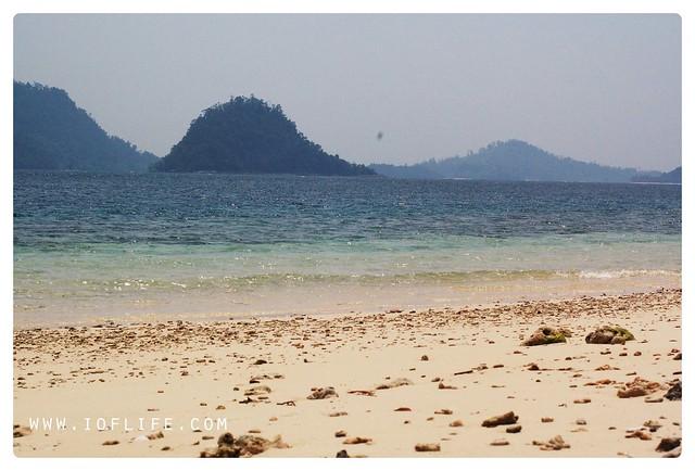 Pantai Sikuai Padang