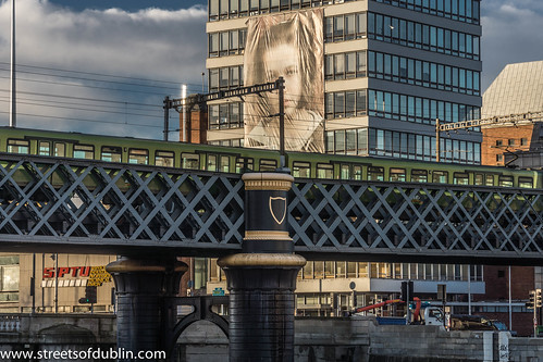 The Loopline Bridge (or the Liffey Viaduct) by infomatique