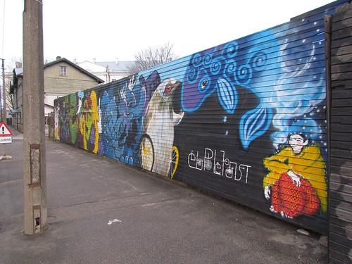 Grand mural in Luha street